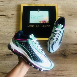NWT Nike Air Max Deluxe (GS) AR0115301 Sneakers